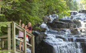parc-national-de-la-mauricie-cascade-quebec-le-mag