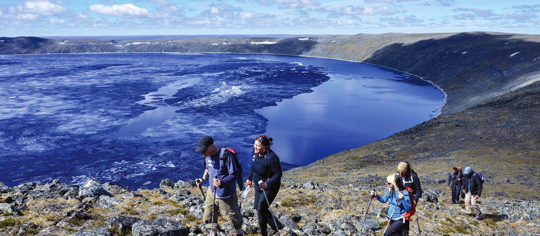 nunavik-grand-nord-du-quebec-cratere-parc-pingualuit-quebec-le-mag