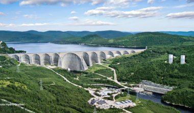centrale-barrage-hydroelectrique-daniel-johnson-centrale-manic-5-quebec-le-mag