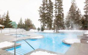 fairmont-le-manoir-richelieu-hotel-piscine-quebec-le-mag