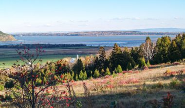 ville-de-tadoussac-cote-nord-paysage-quebec-le-mag