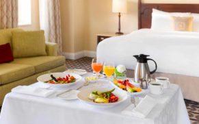 fairmont-le-manoir-richelieu-repas-hotel-quebec-le-mag