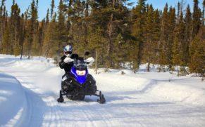 motoneige-hiver-equinox-aventure-saguenay-lac-saint-jean-quebec-le-mag