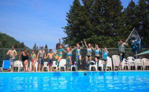 village-vacances-petit-saguenay-baigande-piscine-enfant-quebec-le-mag