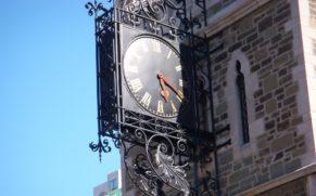 vieux-quebec-quartier-haute-ville-horloge-quebec-le-mag
