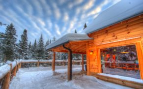 hiver-chalet-spa-canada-quebec-le-mag