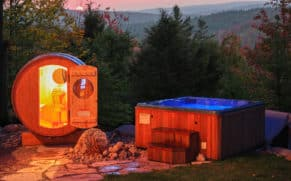 chalet-fiddler-lake-resort-laurentides-spa-sauna-quebec-le-mag