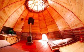 les-toits-du-monde-laurentides-hebergement-tipi-quebec-le-mag