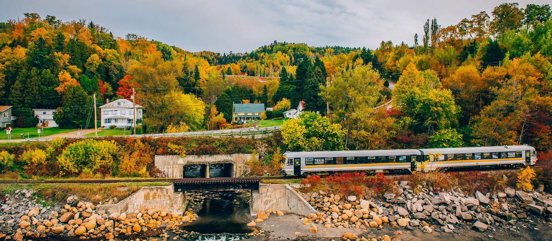 train-de-charlevoix-automne-quebec-le-mag