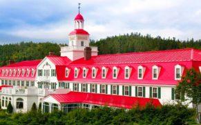 hotel-tadoussac-vue-baie-saint-laurent-quebec-le-mag