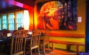 restaurant-Mouton-Noir-tableau-art-charlevoix-quebec-le-mag