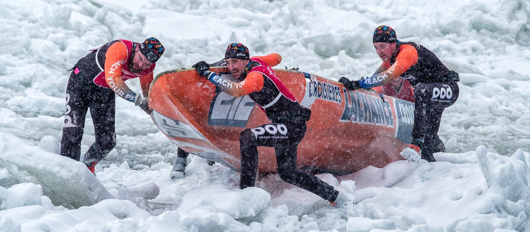 carnaval-de-quebec-course-de-canot-sur-glace-quebec-le-mag