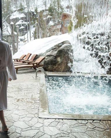 top-des-spas-quebec-hiver-la-source-bains-nordiques-hiver-quebec-le-mag