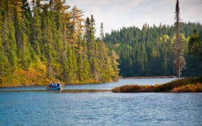 okwari-aventure-rabaska-saguenay-lac-saint-jean-quebec-le-mag