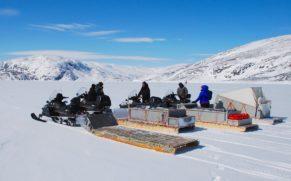 motoneige-tourisme-nunavik-atr-quebec-le-mag