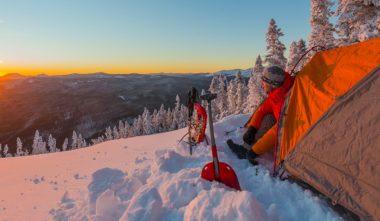 dormir-dehors-en-hiver-quebec-le-mag