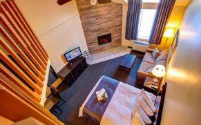 hotel-vacances-tremblant-laurentides-vue-haut-mezzanine-quebec-le-mag