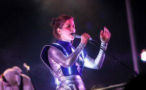 concert-klo-pelgag-festival-en-chanson-petite-vallee-quebec-le-mag