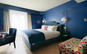 chambre-confort-king-auberge-saint-antoine-quebec-le-mag