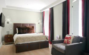 chambre-confort-queen-auberge-saint-antoine-quebec-le-mag