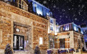 facade-hiver-auberge-saint-antoine-quebec-le-mag
